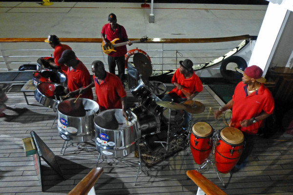 {MEDIA GALLERY DEFAULT}