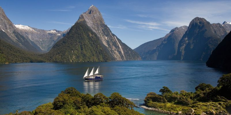 Milford Mariner on Milford Sound