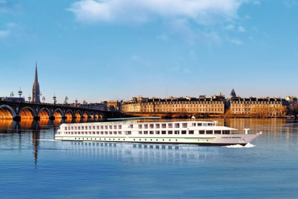 Splendours of Bordeaux & Aquitaine | Noble Caledonia
