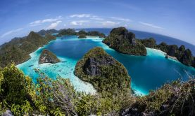 Remote Islands of Indonesia & Papua New Guinea