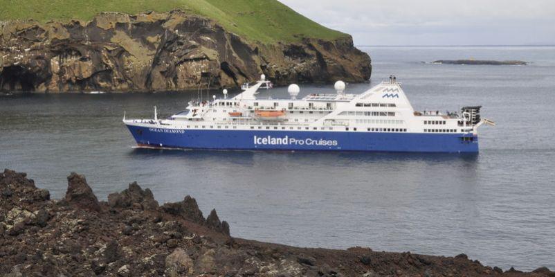 Ocean Diamond Cruise Vessel Noble Caledonia - How do you become a captain of a cruise ship
