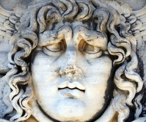 Head of the Medusa, Didim
