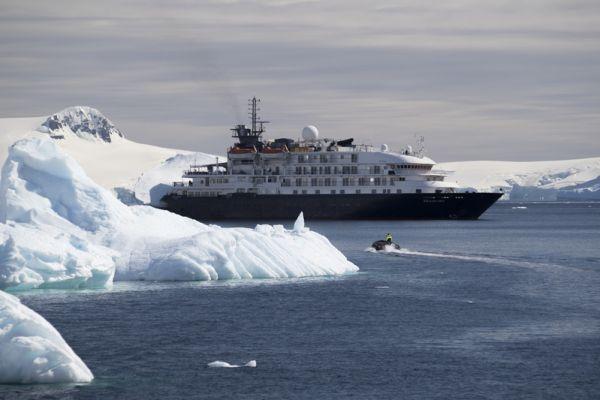 MS Island Sky Cruise Ship | Noble Caledonia