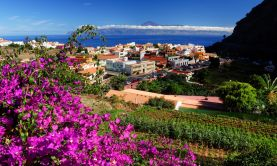 Passage through the Canary Islands