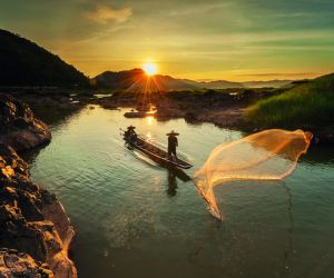 Mekong River, Fisherman